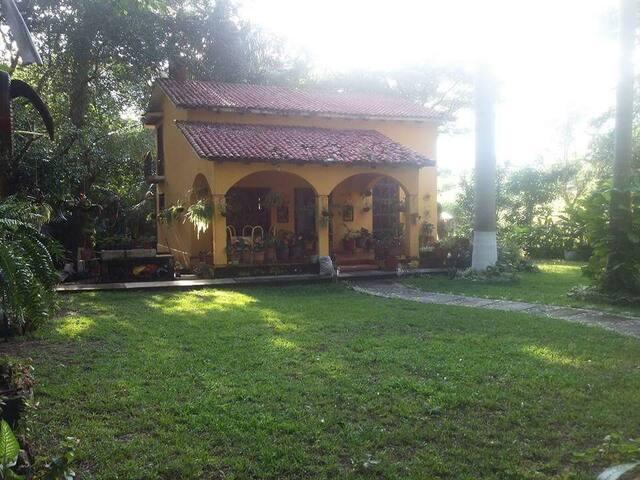 Preciosa cabaña de descanso muy cerca de TuxtlaGtz
