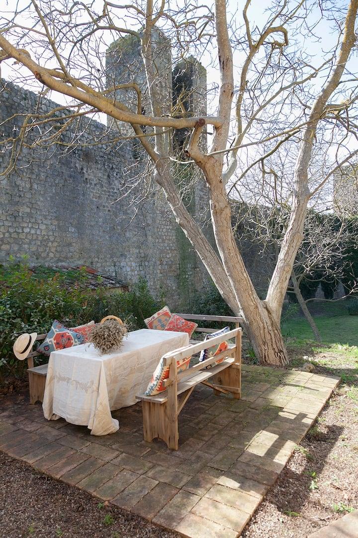 La Casa della Zia nel cuore di  Monteriggioni