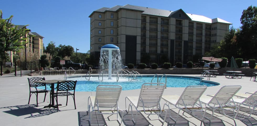 Mountain View Condos - Unit 1305