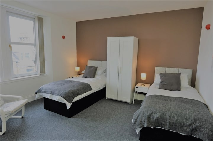 Sea View Room 2 with Quality Twin Beds Private Shower Room