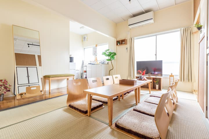 4 Bedrooms tatami house (2F)・8 mins to Asakusa Sta