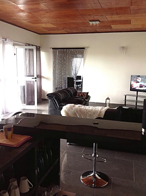 Appartement meubl odza appartements louer yaounde for Appartement meuble a yaounde