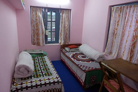 Home stay with nice Nepali family (Room 1)
