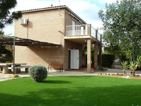 Villa Almadrava 5 Minute Walk From The Beach