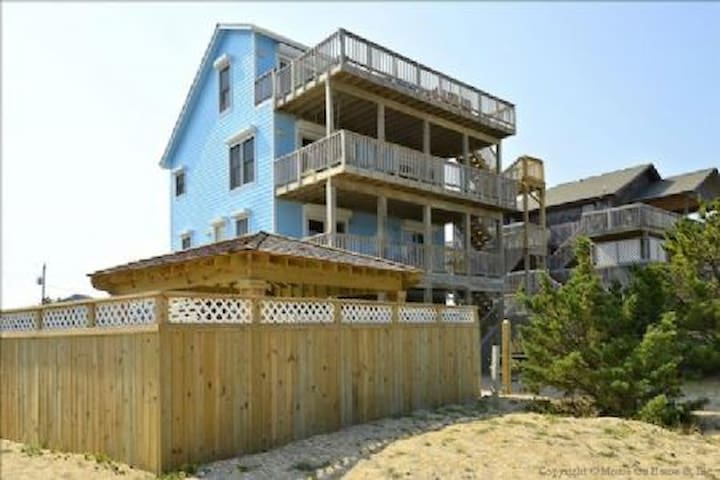 Oceanfront, Secluded Beaches,Private Pool, Hot Tub