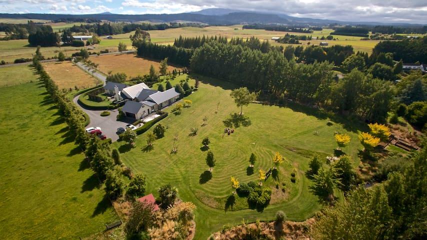 Ruapehu Country Lodge - Ohakune - Bed & Breakfast