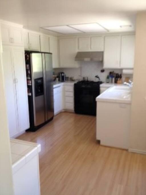 Full service kitchen.