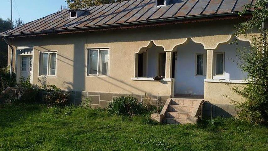 Back to origins / nature = Grand parents house :-)