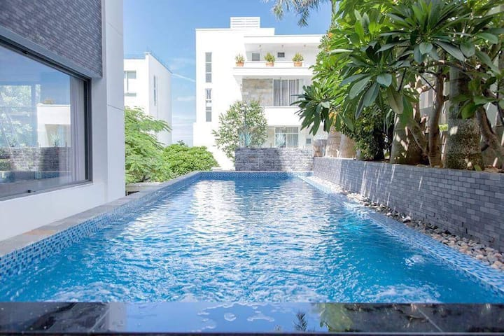Royal Villa 2