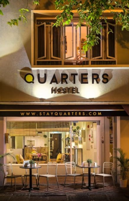 Quarters Hostel, entrance