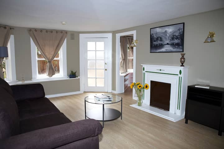 1 bdrm Haight Ashbury apt w/ garden 30 to 90 days