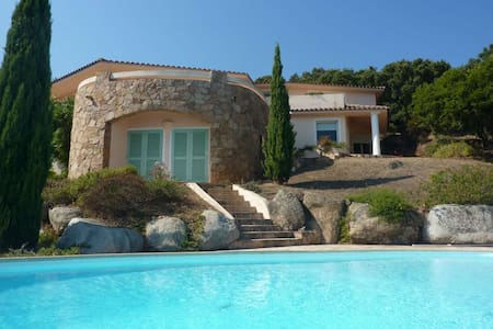 Villa avec vue panoramique  - Haus