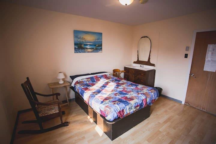 Chambre privée avec lit double