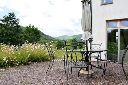 Kenmare Eco-Lodge B&B Kerry Ireland - Кенмэр