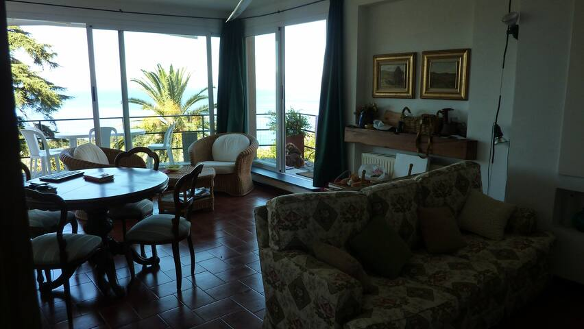 From the sea to the mountains, here is Liguria - Camogli - Apartamento