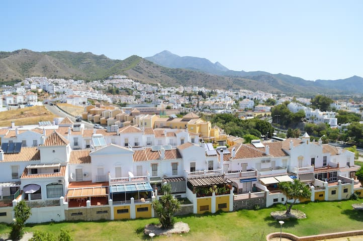 CasaRocio. A light-filled, friendly apartment Wifi - Nerja - Apartamento