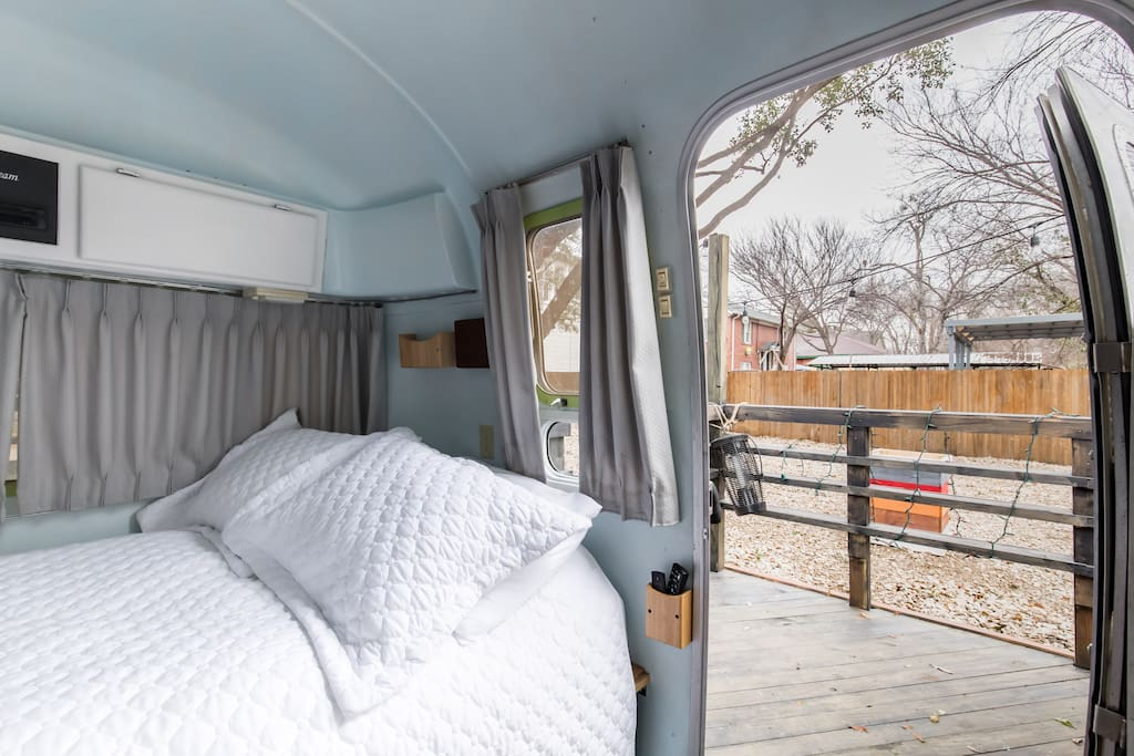 Airstream getaway in prime location campers rvs in for Campeggio in campeggio vicino a dallas