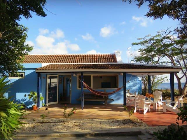 Casa Topana Oceanfront Authentic Bonairean Home