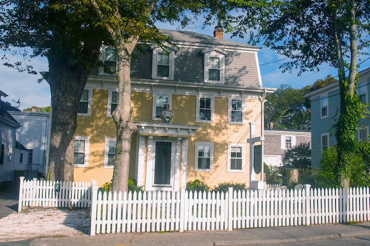 Charming 1-Bedroom Condo/Parking - Provincetown - Condomínio