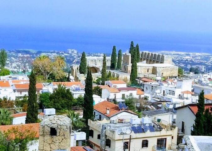 Girne Villa with Views in Bellapais Village