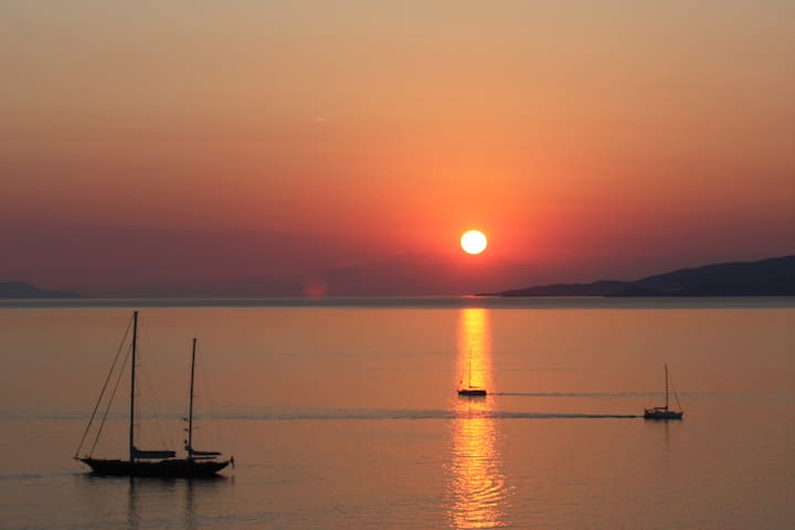 best location,sunset, Mykonos town