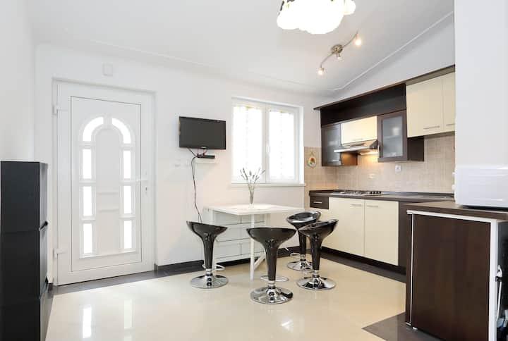 nice & cozy apartment near sea no2