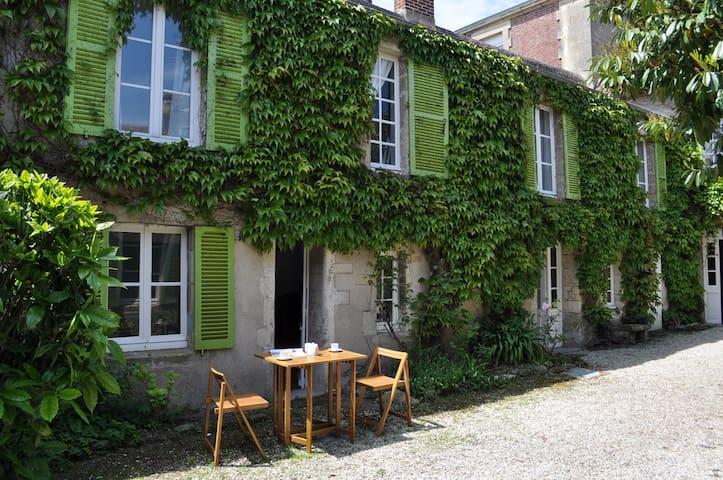 La maison des lierres 100m de la plage - Lion-sur-Mer - Hus