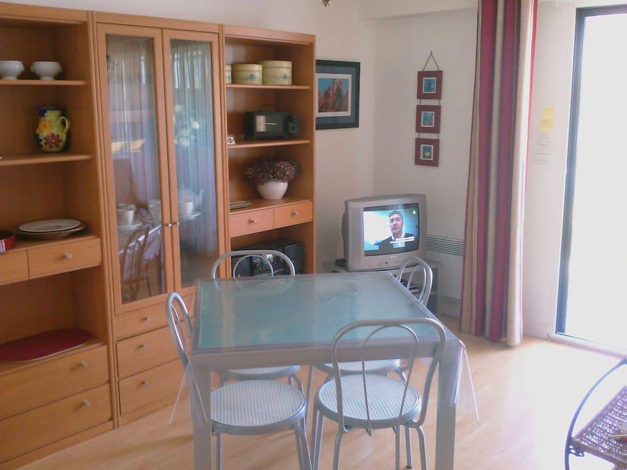 Loue t1b la semaine exclusivement appartements louer - Louer son appartement meuble a la semaine ...