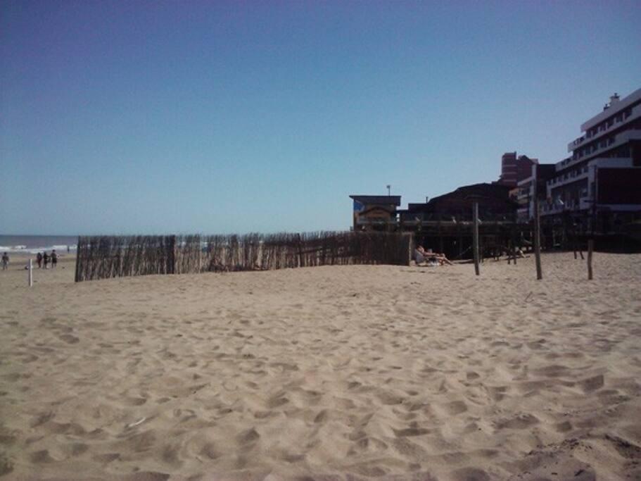 beach restaurants, very good sea food!