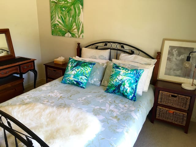 Comfy Double Room w/ Coffee & wifi - South Coogee - Rumah