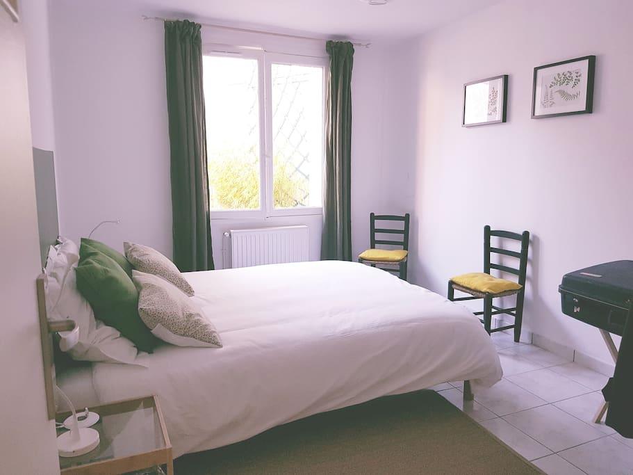 Chambre 1, au RC, avec lit double