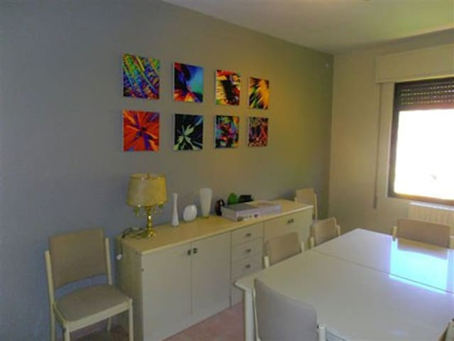 3 bedroom awesome location 3 bath