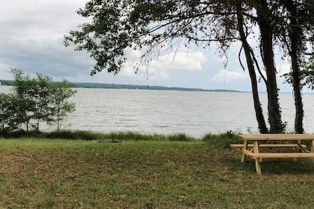 Waterfront Campsite 6