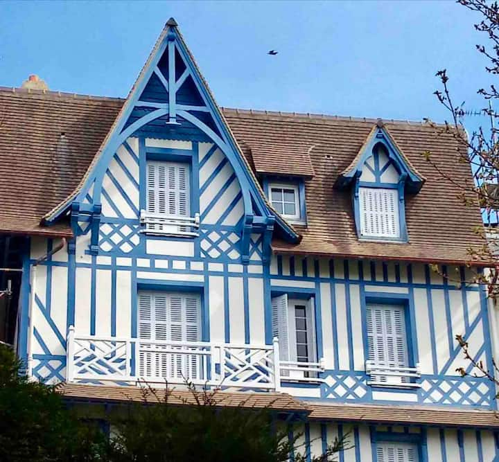 Lovely flat in the heart of Normandy