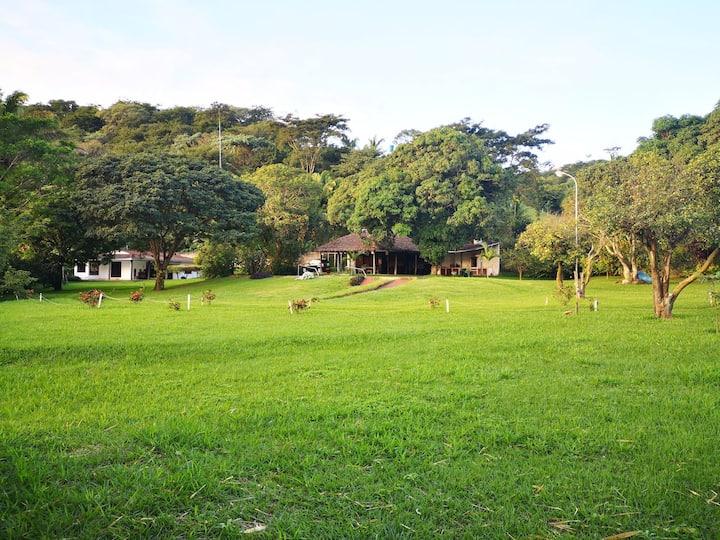 Casa quinta con piscina y naturaleza
