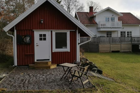 Cosy guesthouse close to Marstrand and Gothenburg - Åkerhög - Guesthouse
