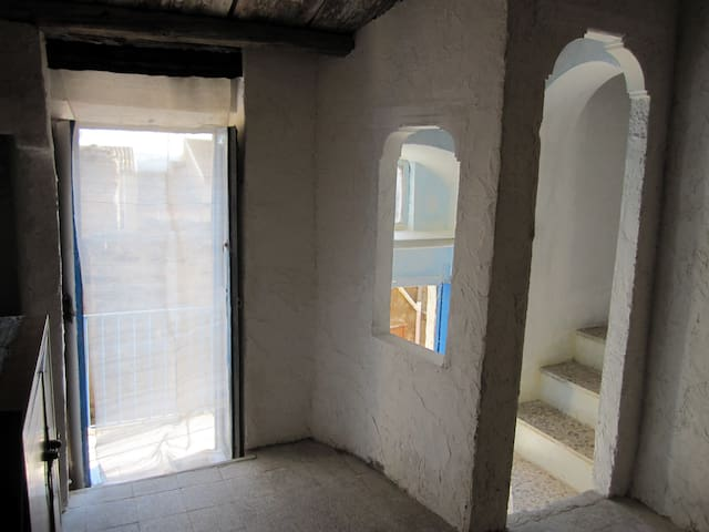 Artist's/Writer's Studio in Sicily! - Cianciana - Appartement