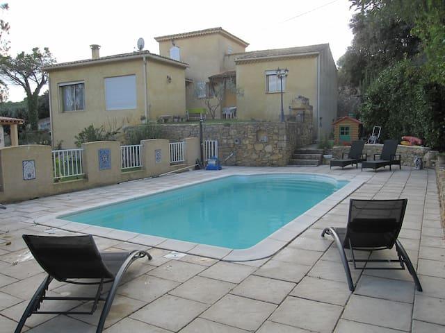villa à louer pour l'été - Saint-Étienne-des-Sorts - Villa