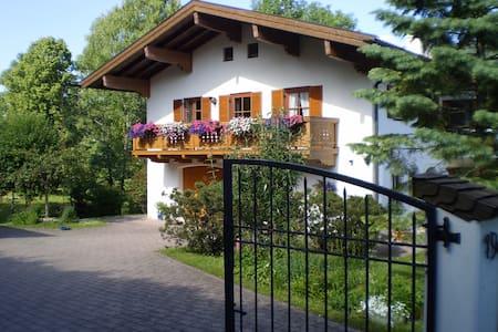 Landhaus Elke, Ruhpolding/Chiemgau - Ruhpolding - Casa
