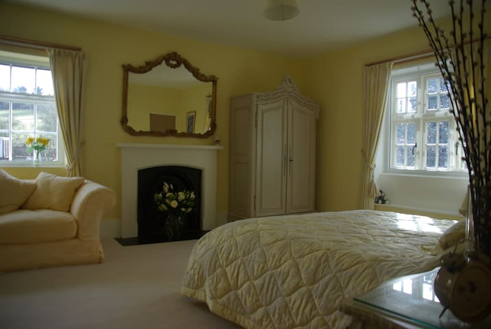Decadent king size suite  - Marlborough - Bed & Breakfast