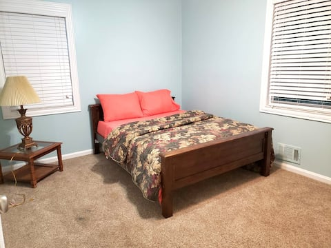 Private Bedroom #2 Near Hwy 75 Kennesaw