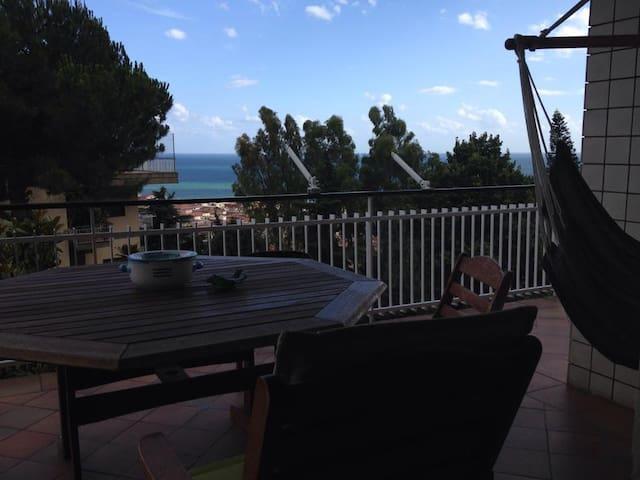 Affasciante villetta con vista mare - Salerno - Villa