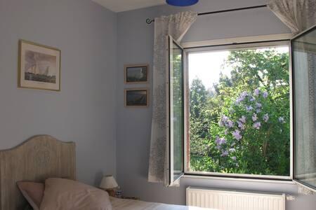 Chambre d'hôtes Océan, 1 pers. - Amiens - Bed & Breakfast