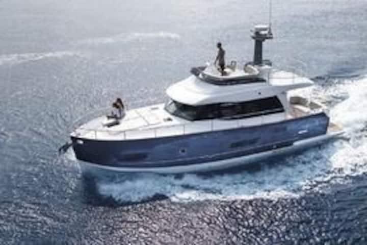 Malacca Luxury Yacht