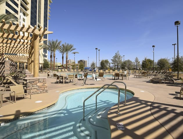 Luxury Suite Resort 1B/4p@Las Vegas, NV