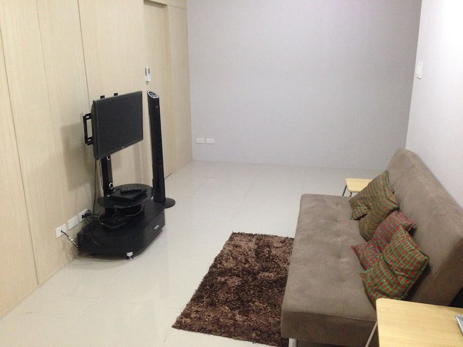 Sala with Cable and Internet