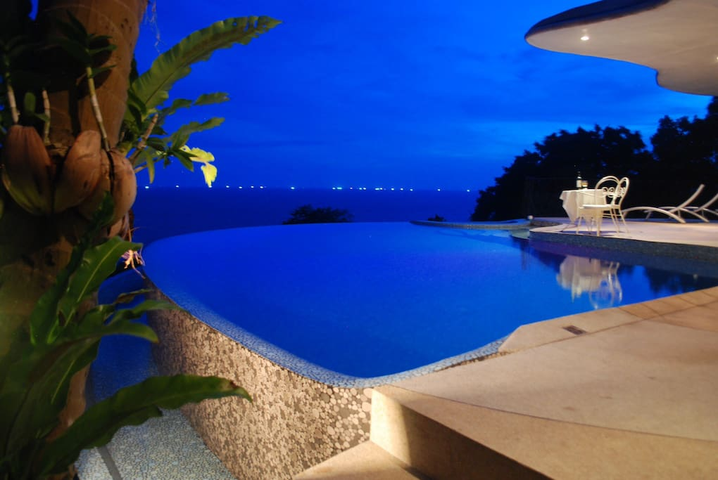 "For fun or romance (or both!) the ""Upper"" villa is your best choice on Koh Tao."