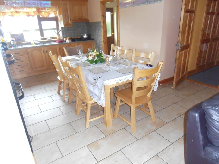 THE KITCHEN, WITH CLOTH FOR THAT SPECIAL OCCASION !!