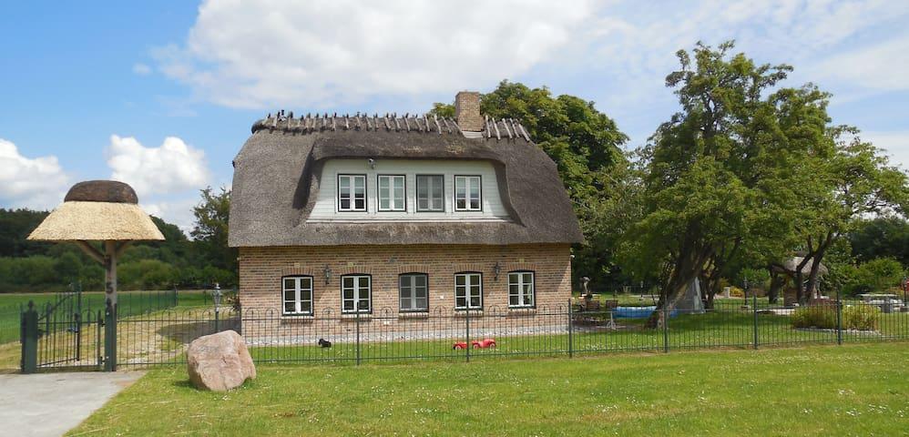 Landhausvilla WOLSROI an der Ostsee