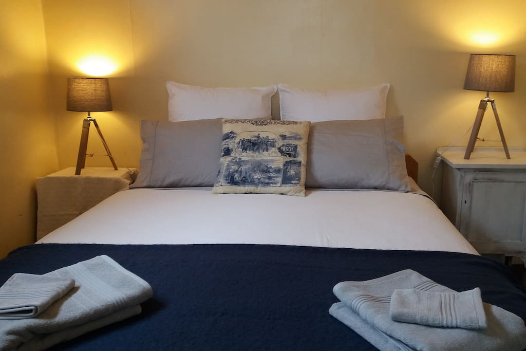 Master bedroom has Luxury Egyptian cotton sheets